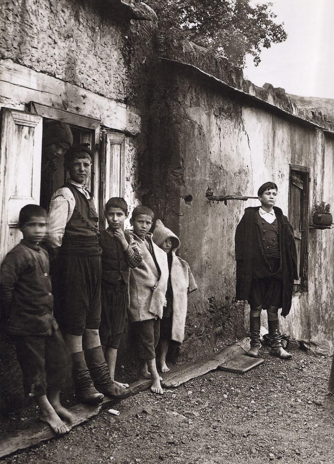 Λάκκοι Χανίων - Οικογένεια Μάντακα - 1911