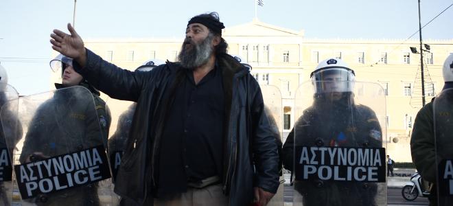 Κρητικό ανέκδοτο: Ο Ζωνιανός και ο αξιωματικός της αστυνομίας