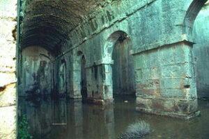 Ρωμαϊκές δεξαμενές στην Άπτερα