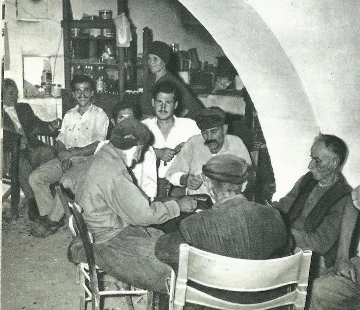 Ηράκλειο Καφενείο Σαρχιανου