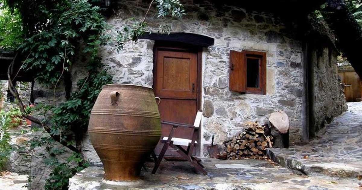 Μηλιά: Tο χωριουδάκι χωρίς ρεύμα στα Χανιά που είναι μέσα στα 50 καλύτερα μυστικά μέρη στην Ευρώπη! | Κρήτη & Κρητικοί
