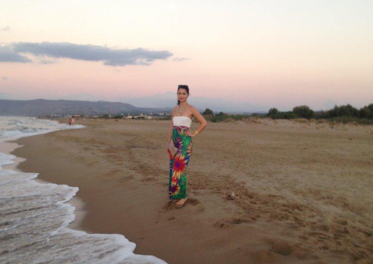 Δύο γερμανίδες στην Κρήτη: Τι είναι αυτό που τις έκανε να ξεχάσουν όλα τα άλλα νησιά του κόσμου!