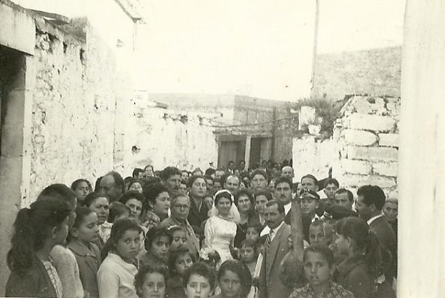Γάμος στο Πετροκέφαλο Ηρακλείου. The Benaki Museum.