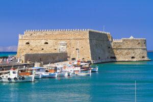 Το ενετικό θαλάσσιο φρούριο στο λιμάνι του Ηρακλείου