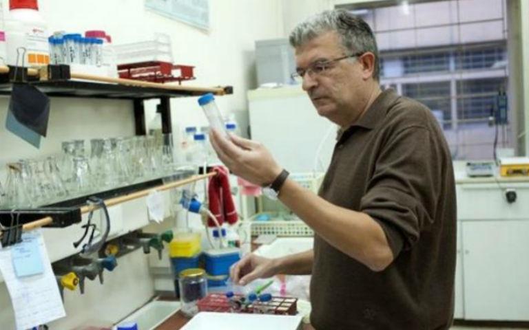 Κρητικός επιστήμονας ανοίγει τον δρόμο για τα «έξυπνα» φάρμακα
