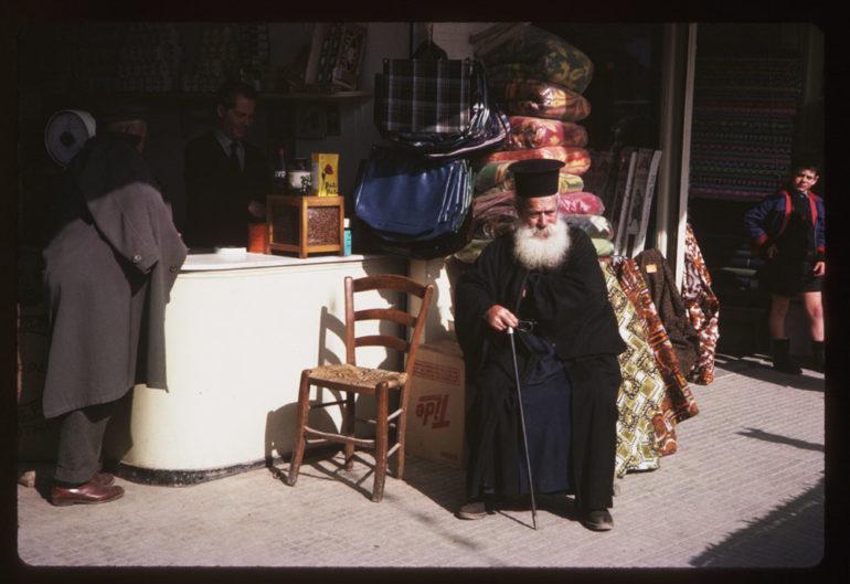Το Ηράκλειο του 1965, μέσα από 25 εξαίρετες έγχρωμες φωτογραφίες του Charles W. Cushman
