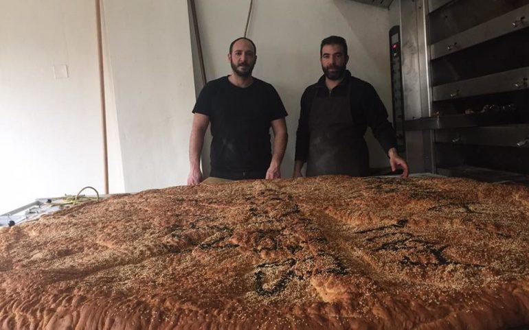 Τη μεγαλύτερη λαγάνα στην Ελλάδα έφτιαξε φούρνος στον Αποκόρωνα