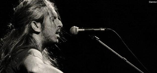 Γιάννης Χαρούλης: Από βοσκός, στις μουσικές σκηνές