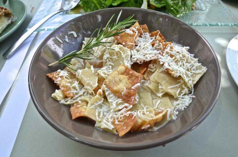 Μαγγίρι: Το κρητικό ζυμαρικό της φτώχιας (συνταγή)