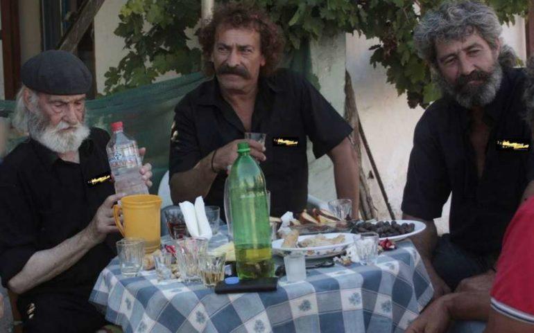 """Ο """"σασμός"""" και οι παλιοί συμβιβαστές υποθέσεων στην Κρήτη"""