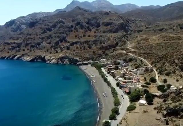 Η όμορφη παραλία του Τσούτσουρα με τα κρυστάλλινα νερά (video)
