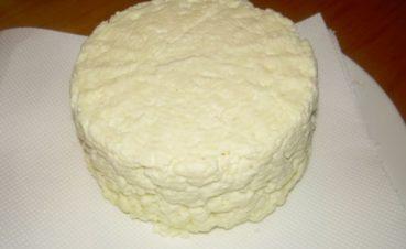 Συνταγή για Τυροζούλι – Φτιάξτε το σπιτικό Κρητικό τυρί