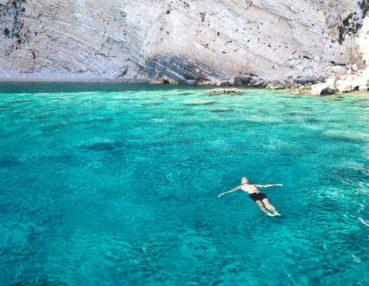 Oι 2 καλύτερες παραλίες της Ελλάδας για το 2018 βρίσκονται στα Χανιά