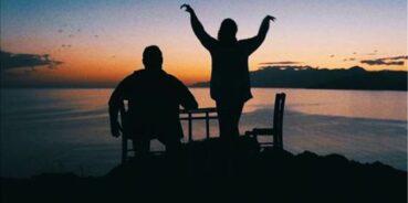 """""""Βουτιά"""" – Μια ταινία μικρού μήκους, γυρισμένη στο Ρέθυμνο, είναι γεμάτη νοσταλγία για τα περασμένα καλοκαίρια της ζωής μας"""