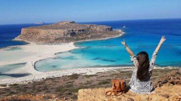 Λιγότεροι, αλλά ενθουσιασμένοι οι τουρίστες, φέτος στα Χανιά