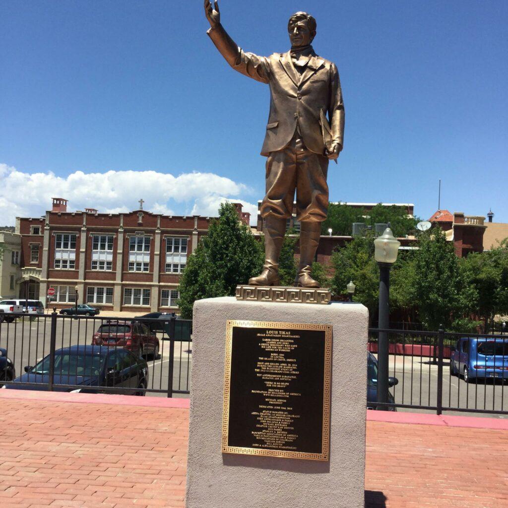 Το άγαλμα του Λούη Τίκα, στο Coal Miner's Memorial Park, στο Κολοράντο
