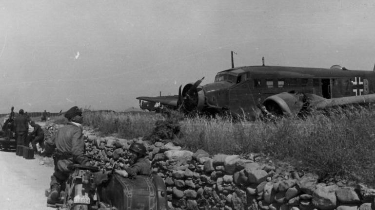Το σαμποτάζ στο αεροδρόμιο του Ηρακλείου το 1942. Προδώθηκε από έναν ντόπιο!